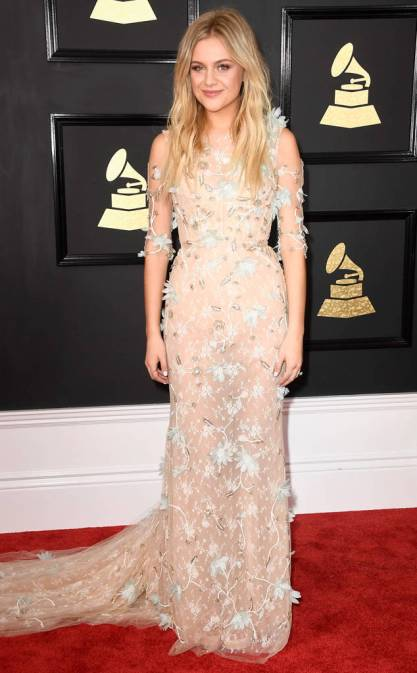 rs_634x1024-170212160547-634-2017-grammy-awards-arrivals-kelsea-ballerini.jpg